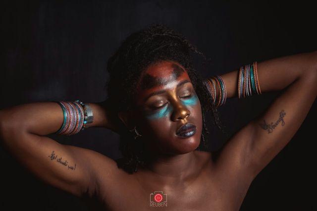 War-Paint-by-Tsansai-Makeup-for-Jik-Reuben-Photography-exhibition-Yaam-Berlin