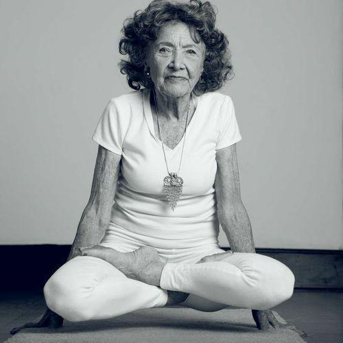 Tao-Porchon-Lynch-yogi-96