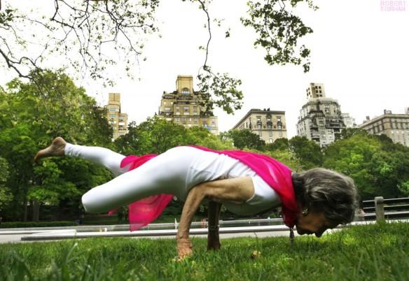 Tao-Porchon-Lynch-96-year-old-yoga-teacher