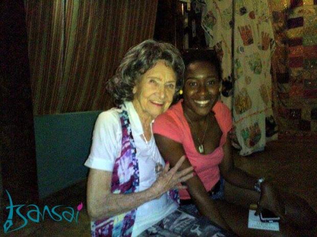 Worlds-oldest-yoga-teacher-Tao-Porchon-Lynch-with-blogger-Tami-Tsansai-at-Afya-Yoga-Studio-in-Kingston-Jamaica